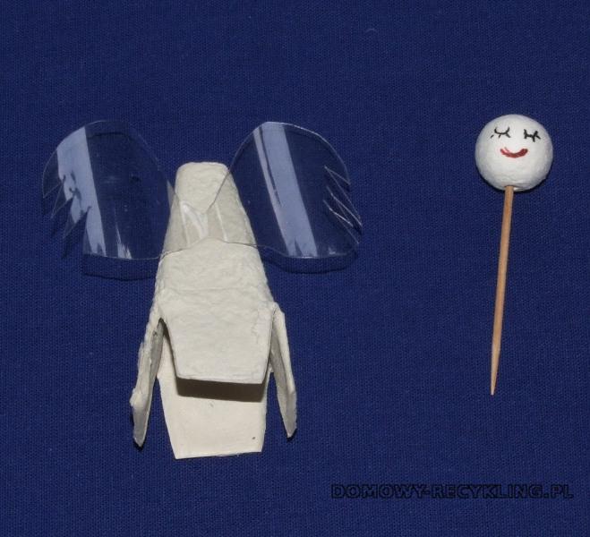 Elementy aniołka z recyklingu